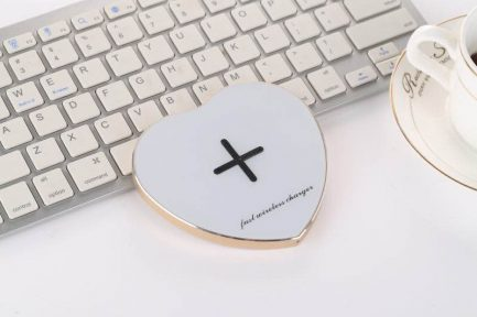 quality Low price Gex Smart Heart Fast Qi Wireless Charger iPhone X 8 & Samsung