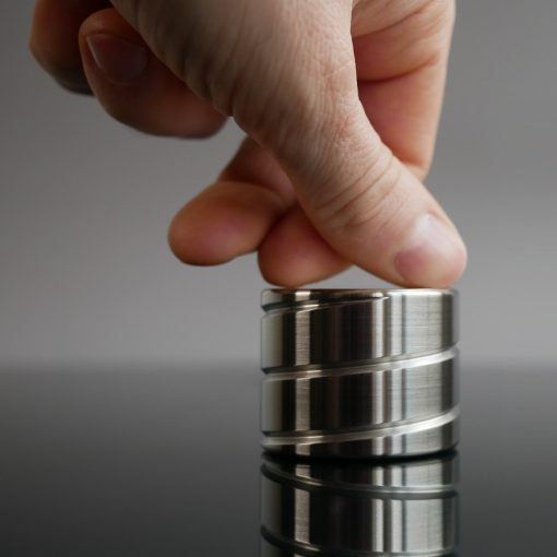 best Vortecon Kinetic desk toy motion anti sress fidget finger spinner